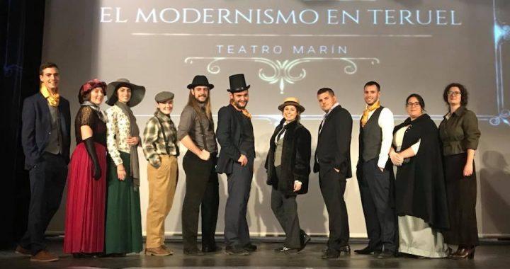 Alumnos de la E. T. en el evento en el Teatro Marín de Teruel